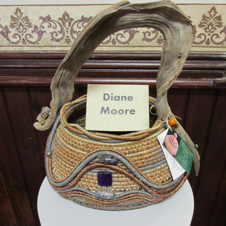 J2J Pine basket Moore
